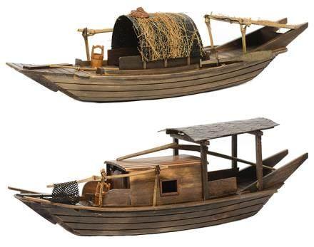 硬木江南古船模型二件 (全新、附原裝盒)