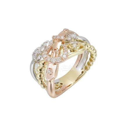 18k Tri-Color Gold and Diamonds Ring