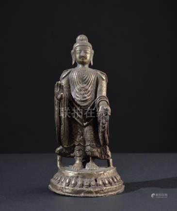 Buddha Dipankara. Old Tibetan or Nepalese figure.