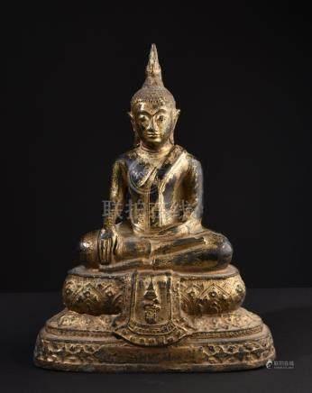Buddha Shakyamuni. Thai gilt bronze statue