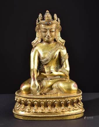 Crowned Buddha Shakyamuni. Impressive Tibeto-Chinese Buddhis
