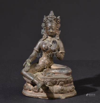 Syama Tara (Green Tara). Antique Tibetan or Chinese bronze B
