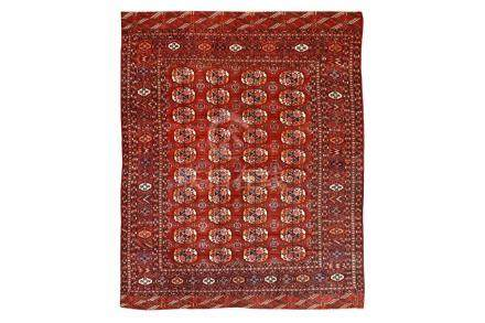 A FINE ANTIQUE BOKHARA CARPET, EAST TURKMENISTAN approx: 9ft