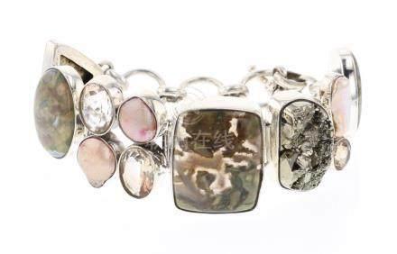 Vintage Multi Stone Link Bracelet