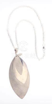 Vintage Pendant & Necklace
