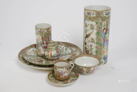 A miscellaneous collection of late 19th and early 20th Century Chinese famille rose porcelain,