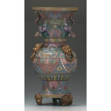 Important Chinese Enamel Vase