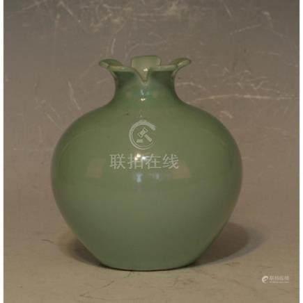 Chinese Pottery Vase