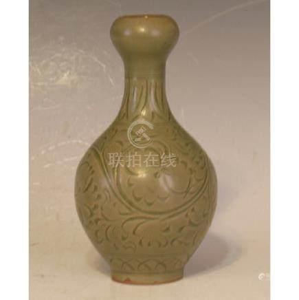 Yaozhou Ware Vase
