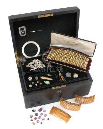 A jewellery casket with two lift-out trays containing various items of jewellery etc, including a