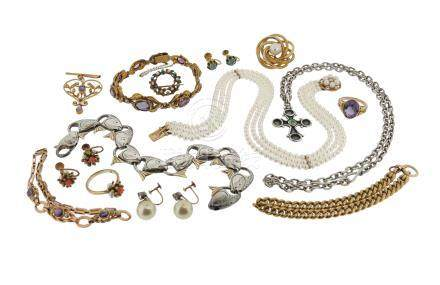 A quantity of jewellery, including an amethyst-set gold ring, an Edwardian amethyst and seed pearl-