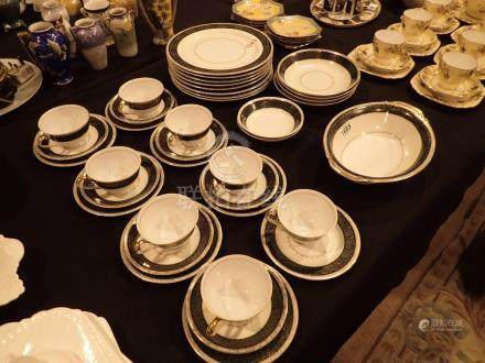 Japanese made in occupied Japan tea and dinner service probably Noritake 37 pieces