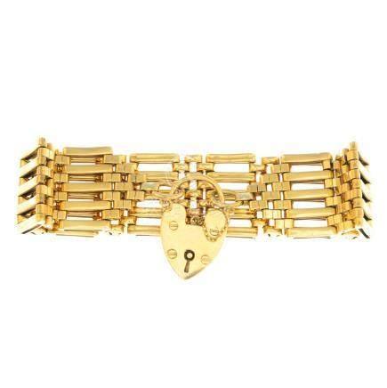 A 9ct gold 1960s gate bracelet.