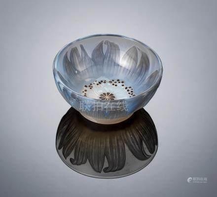 René Lalique (French, 1860-1945) A 'Fleur' Bowl, designed in 3100