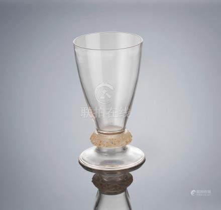 René Lalique (French, 1860-1945) A 'Bagues Lézards' Glass, designed in 1912