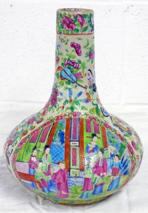 CHINESE FAMILLE ROSE DECORATED VASE 28 CMS Condition Report: Crazing present