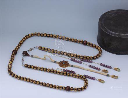 CHINESE GILT SILVER AGALWOOD BEAD CHAOZHU COURT NECKLACE