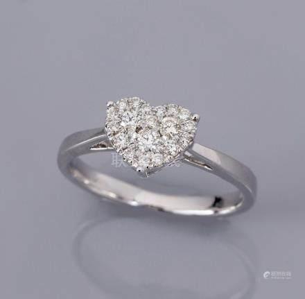 Bague en or gris 750°/00 (18K), chaton cœur, serti de diamants taille brillant