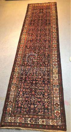 PERSIAN ANTIQUE MALAYER RUNNER – 3.5 x 13.5 – 80+ YRS (1930s