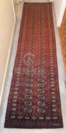 PAKISTANI ANTIQUE MORI BUKHARA TEKKE RUNNER – 2.6 x 9.10 – 6