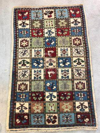 PERSIAN ANTIQUE BAKHTIARI RUG – 3.1 x 5.0 – 80+ YRS (1930s)