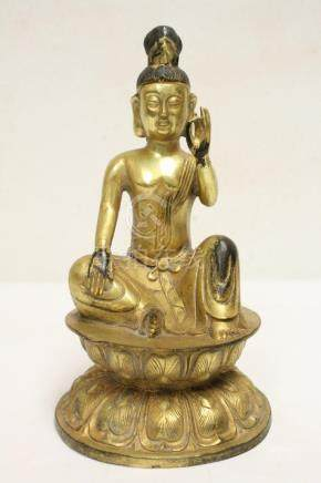 A fine Chinese gilt bronze sculpture of deity