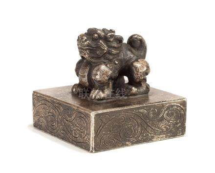 A Silver-Splashed Bronze Seal With Beast Finial
