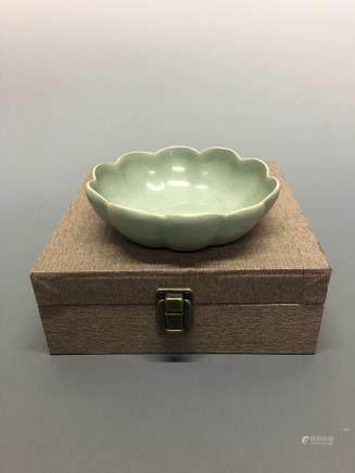 Chinese Ru Type 'Lotus' Bowl