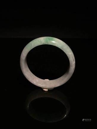 Chinese Green and White Jadeite Bangle