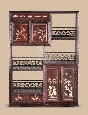 红木人物梅花纹竹节多宝阁