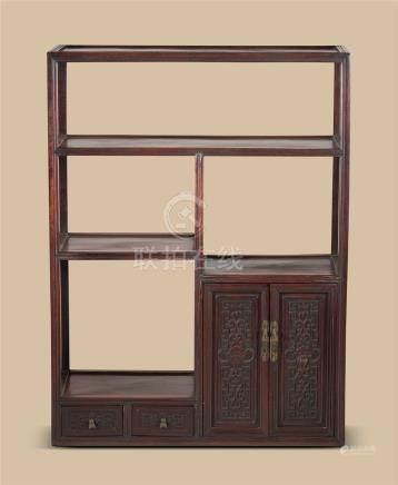 清代(1644-1911) 红木花卉纹博古柜
