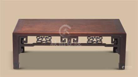 清代(1644-1911) 红木回纹炕桌