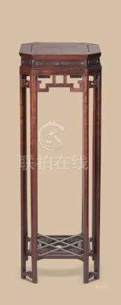 红木回纹束腰花台