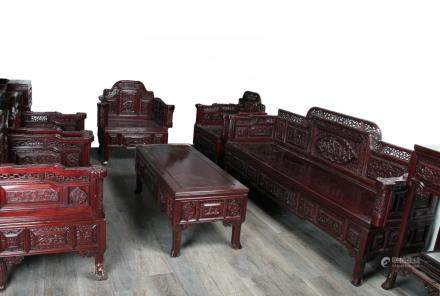 A SET OF EIGHT PIECES FURNITURE