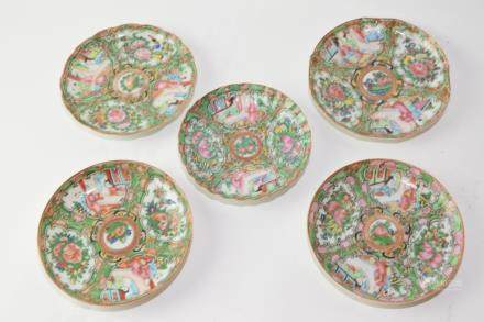 Five Late Qing Chinese Export Famille Rose Plates