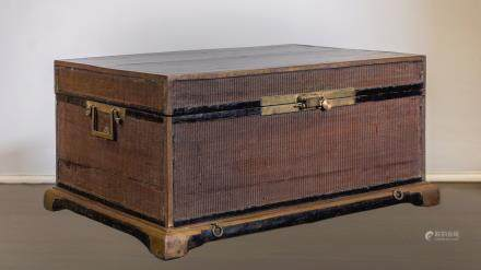 CHINESE TRUNK - SHANXI PROVINCE - 17th-18th CENTURY