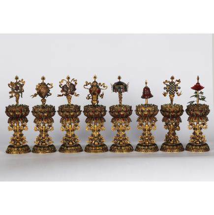 CHINESE GILT BRONZE EIGHT TREASURE ALTER SET