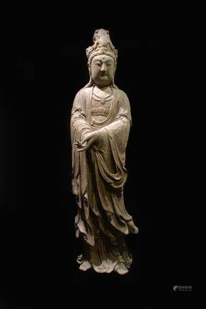 CHINESE WOOD CARVED FIGURE OF GUANYIN