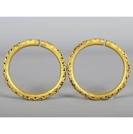 CHINESE PAIR OF GOLD BANGLES