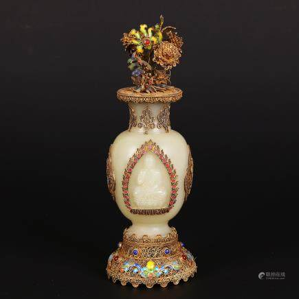 CHINESE JADE VASE WITH SILVER WIRE