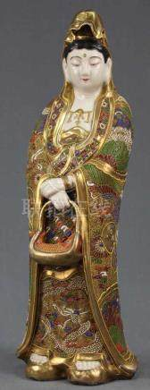 Figur einer Frau mit Fisch. Satsuma, Japan, alt. 50 cm hoch.Figure of a woman with fish. Satsuma,