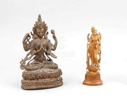 2 Figuren der Tara, 1 x Tibet, 19./20. Jh., Bronze mit rötlicher Patina, auf doppeltemLotossitz,