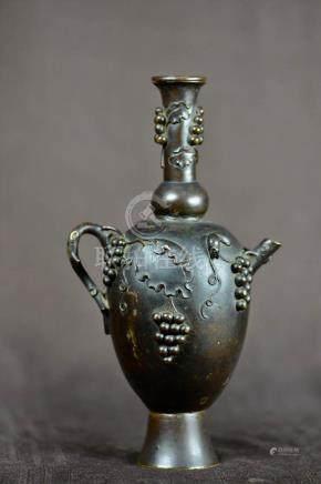 Chinese 18th cen Bronze Ewer