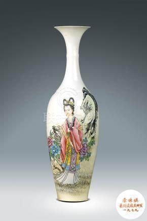 60年代  景德鎮藝術瓷廠製粉彩仕女紋薄胎瓶