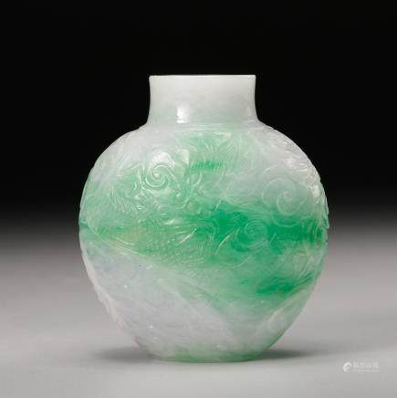 CHINESE JADEITE CARVED SNUFF BOTTLE