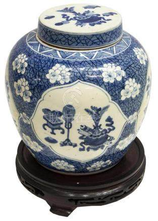 CHINESE BLUE & WHITE PORCELAIN COVERED MELON JAR