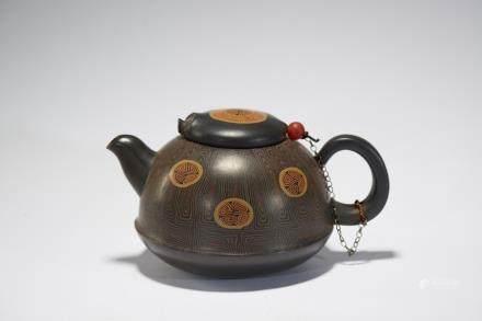宜興彩繪茶壺