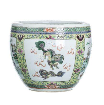 Cachepot 'qilins' in Chinese porcelain, Guangxu