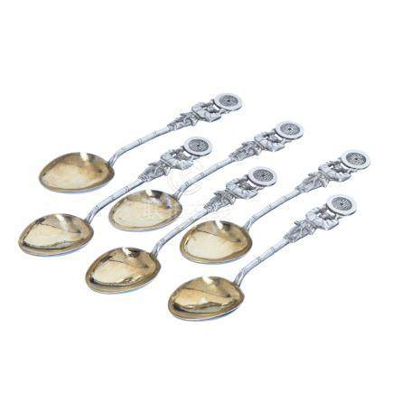 Six spoons in chinese silver