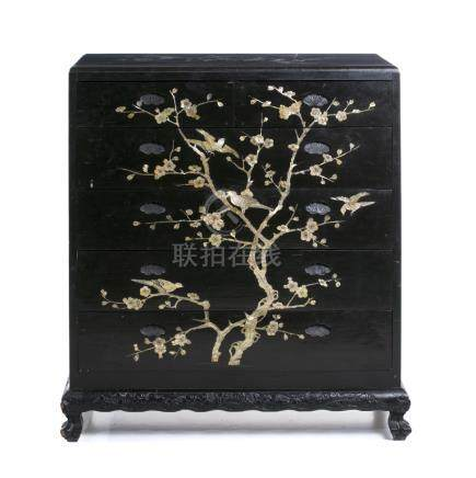 Macau commode with mother of pearl